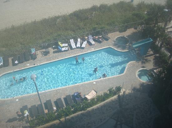 Oceans One Resort: Outdoor pool