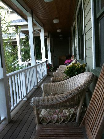 The Wild Iris Inn: Front porch