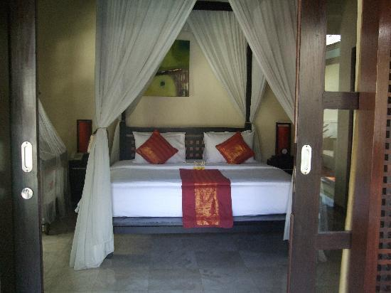 The Ulin Villas & Spa: Bed Room