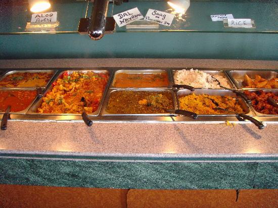 Punjabi Dhaba: Start of buffet line up