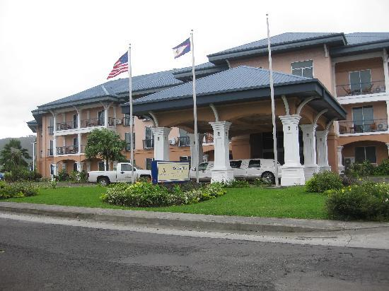 Tradewinds Hotel Front Entrance To