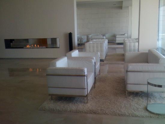 Finca Prats Hotel Golf & Spa : zona de recepción.otra vista