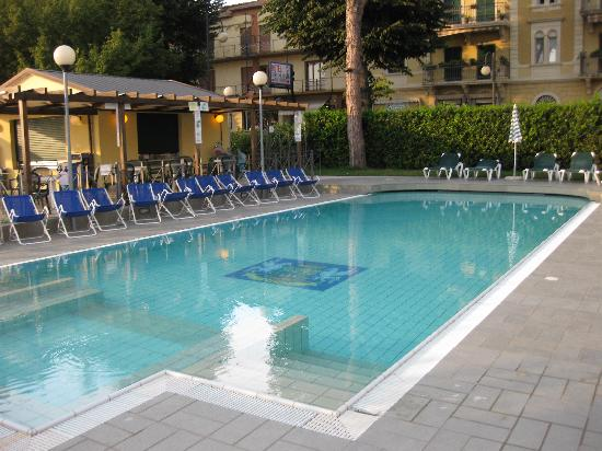 Hotel Lido: It looks nice but opening hours are tight and no swimming without the cap
