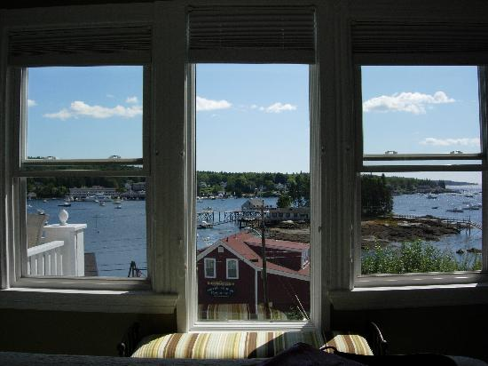 The Admirals Quarters Inn: Room with a view
