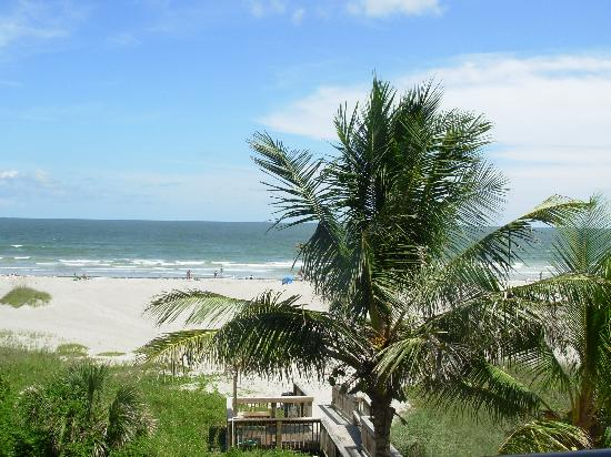 Ocean Landings Resort and Racquet Club: View from our balcony