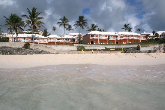 Coco Reef Resort Bermuda: coco reef fm water