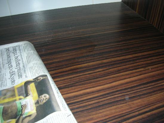 Hotel Le Mistral: il lavandino che perdeva