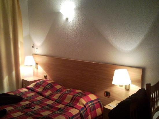Anglet Biarritz Parme : La chambre avec l'effet soirée cozy (romantique)