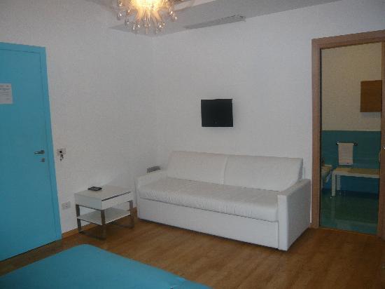 Emily Suites: comfy sofa