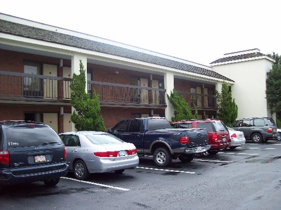 Quality Inn Morehead City: Outside shot of the hotel