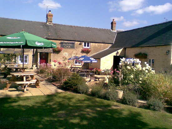 Cirencester, UK: Beer Garden