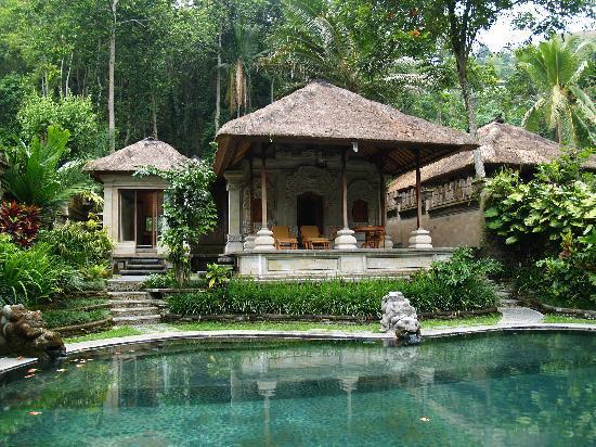 The Royal Pita Maha: Villa at the river bank...