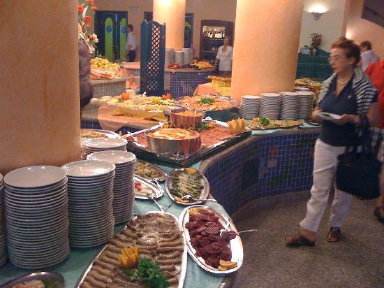 Club Hotel Torre Moresca : Buffet