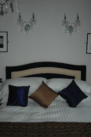 The Atlantic Hotel: Bedroom