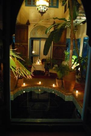 Riad Spa Sindibad: le soir  au riad