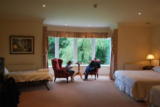 Loch Lein Country House : Notre chambre au rdc