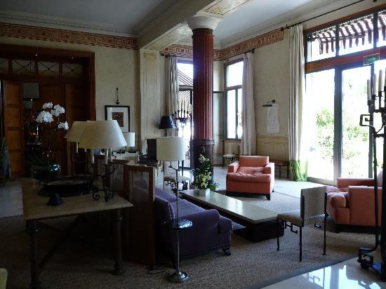 Hotel Royal-Riviera: Lounge