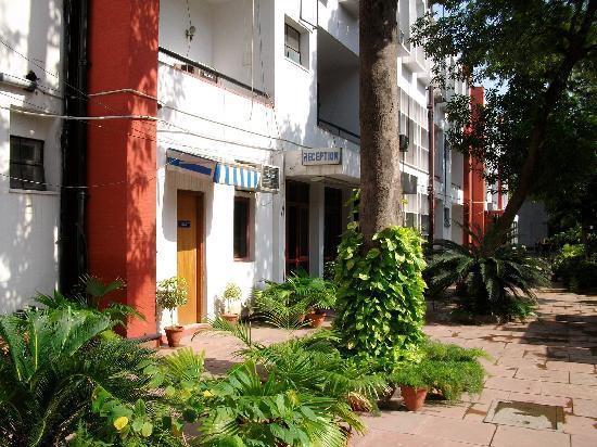 YWCA Blue Triangle Family Hostel: entrada