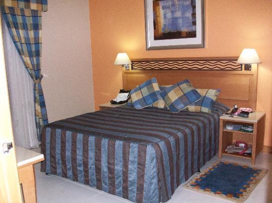 โรงแรมโกลเด้นแซนส์อพาร์ทเม้นท์: bedroom