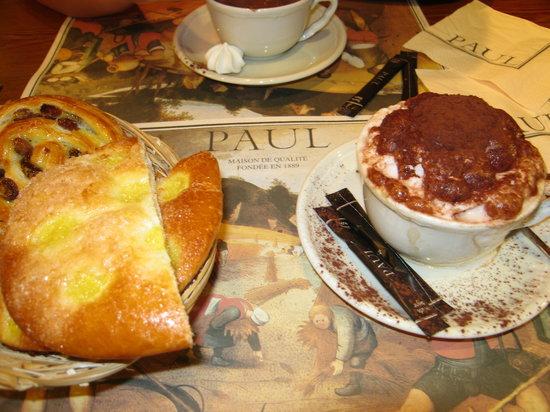 Paul Boulangerie Et Patisserie  Paris