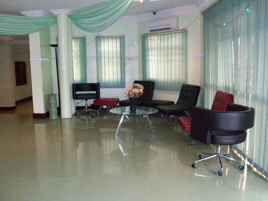 Ibadan, Nigeria: devine reception