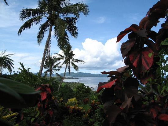 Garden Island Resort: Hike to waterfalls