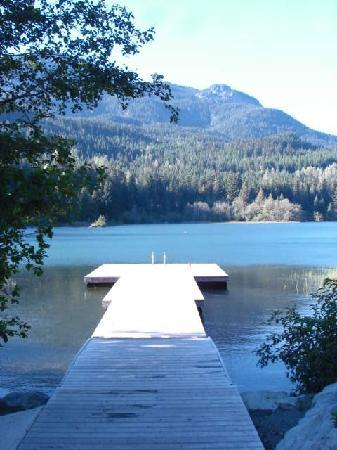 Nita Lake Lodge : The Dock to Nita Lake
