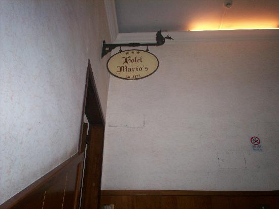 Hotel Mario's: Entrance to Lobby