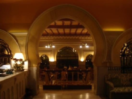 Hotel Alhambra Palace: lobby of the alhambra hotel