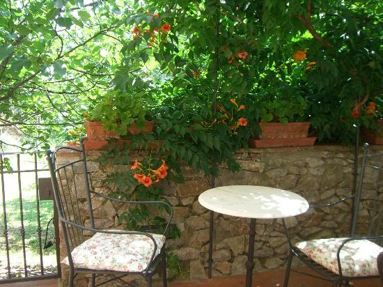Hotel La Fonte del Cieco: The terrace