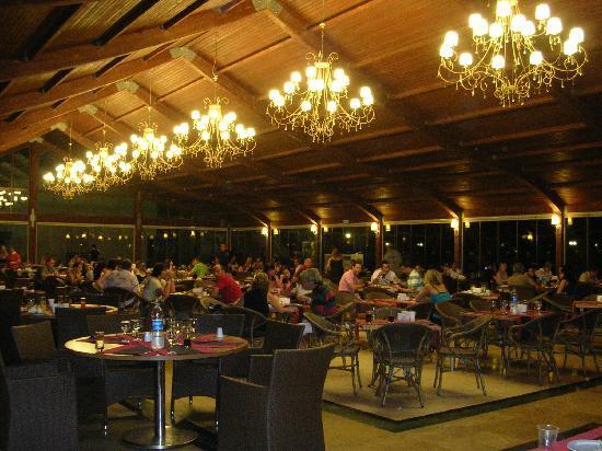 Queen Elizabeth Elite Suite Hotel & Spa : Restaurant