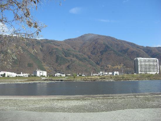 Omachi, Japan: 道の駅なので、駐車場も広いです