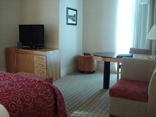 Sofitel Montreal Golden Mile: Room #1612