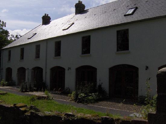 Castle Leslie Estate: Entrance onto garden