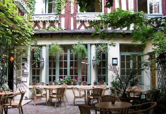 Le Vieux Carre Hotel