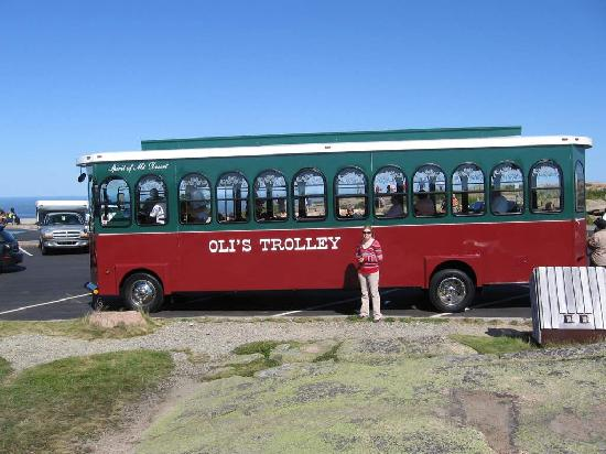 Oli's Trolley - Acadia National Park Tour: Oli's Trolley on top of mountain