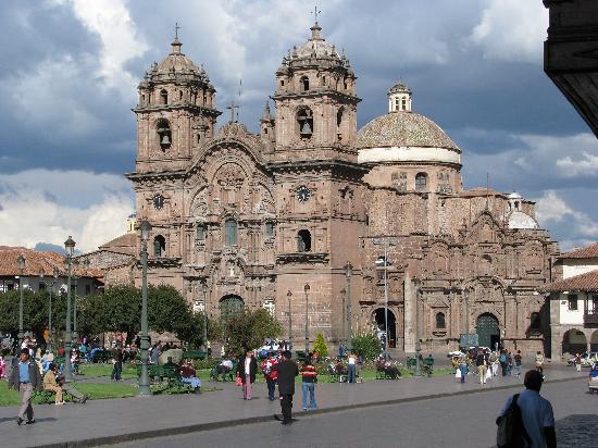 Plaza de Armas Cusco Hotel: Vista de Catedral desde cafetería