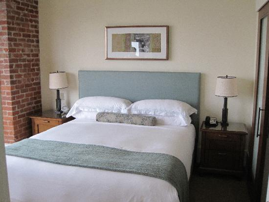 Fairmont Heritage Place, Ghirardelli Square: Guest Bedroom