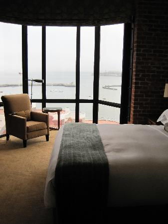 Fairmont Heritage Place, Ghirardelli Square: Guest Bedroom View