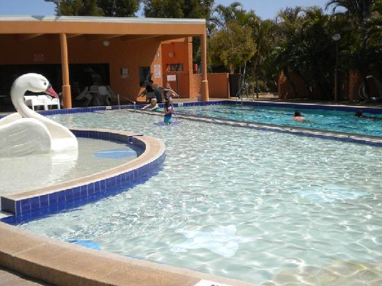 other half of pool area Picture of Kalbarri Beach Resort