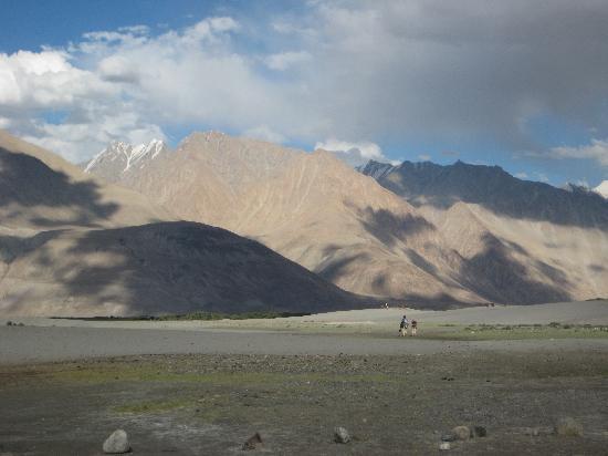 Kashmir, India: nubhra Valley