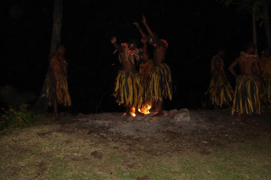 Lalati Resort & Spa: firewalking ceremony