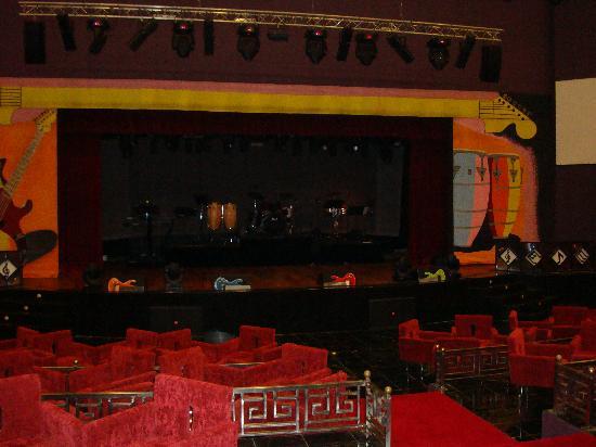 Iberostar Grand Hotel Bavaro: Theatre