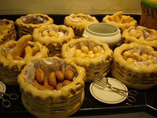 Iberostar Grand Hotel Bavaro: breakfast buffet