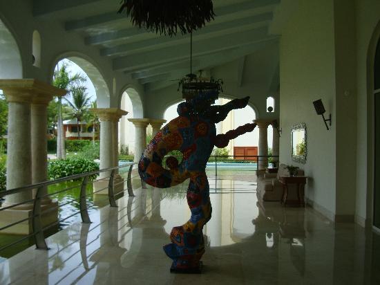 Iberostar Grand Hotel Bavaro: statue