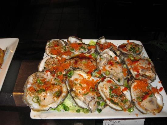Nogales, Аризона: fresh oysters whit masago!!!