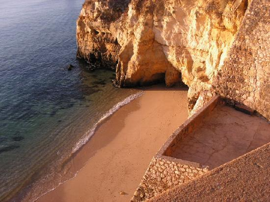 ‪هوتل مونتيمار: Another beach in the same area‬