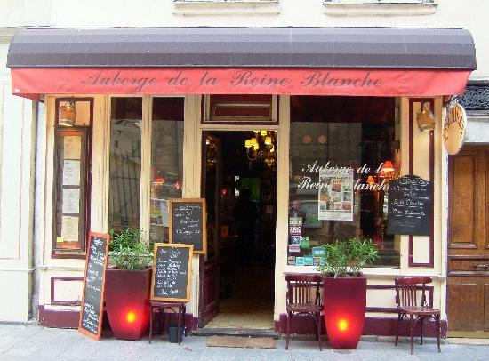 Auberge de la Reine Blanche: Exterior of restaurant
