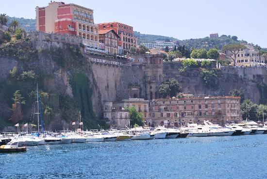 阿爾法飯店張圖片