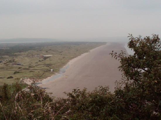 Springwell Inn: view of bay from cliffs